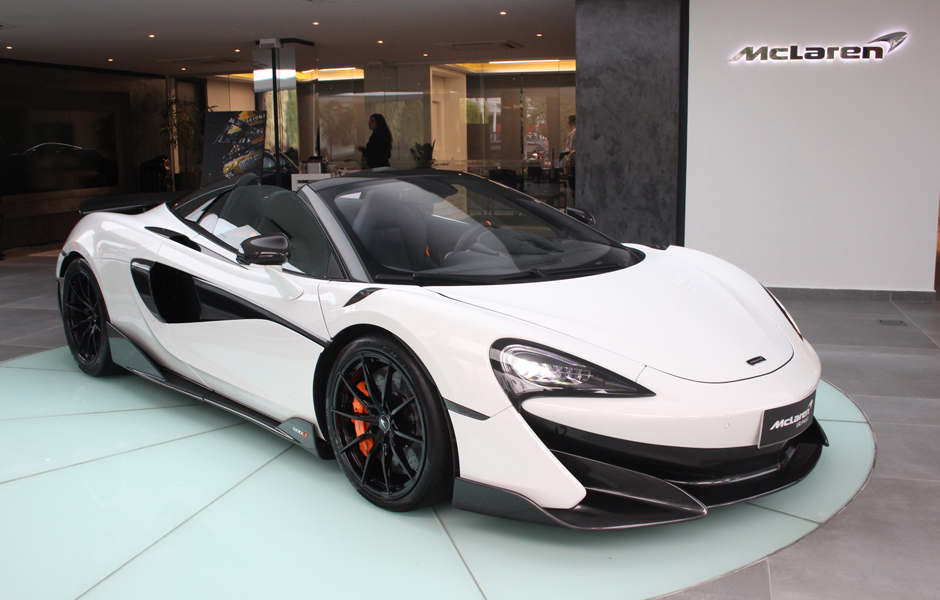 600 LT Spider Silica White