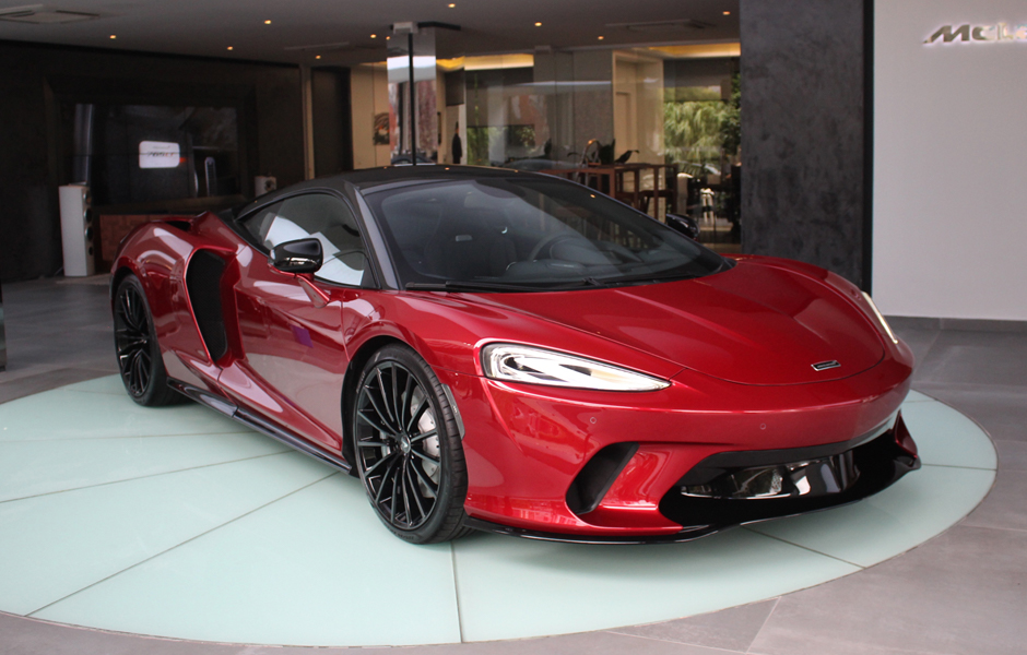 New McLaren GT Amaranth Red